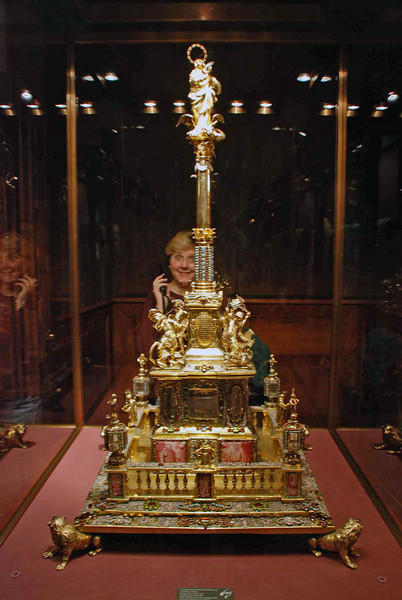 A gold table centerpiece on display at the Treasury Museum.