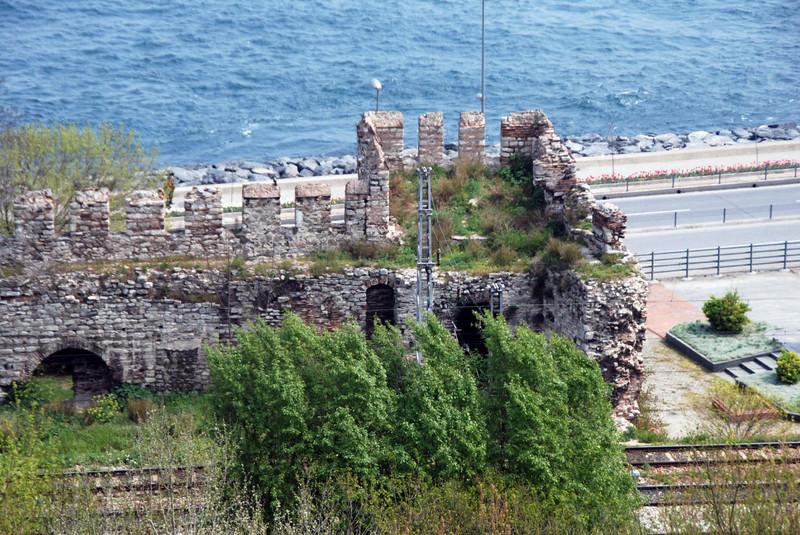 Old city wall below the Topkapi Palace