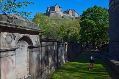 Pip St Cuthberts & Edinburgh Castle_6044