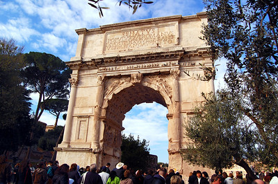 ANCIENT ROME - We began at the Arch of Titus.  The Romans weren't the first to build arches, but they made them famous and ubiquitous.  This one commemorates the conquest of Jerusalem by the emperors Vespasian and Titus in AD 70.