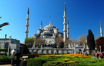 """ISTANBUL - The Muslim conquest of Constantinople in 1453 set off a wave of mosque building. Today the most famous is this supremely elegant mosque – one of the world's best – just across the square from the Hagia Sophia.  It was built in just seven years (1609-1616) by the architect Mehmet Aga, who also rebuilt Kaaba (the holiest shrine of Islam – the giant black cube at the center of the mosque in the holy city of Mecca). Locals call it the Sultan Ahmet Mosque for the ruler who financed it, but most people know it as the """"Blue Mosque."""""""