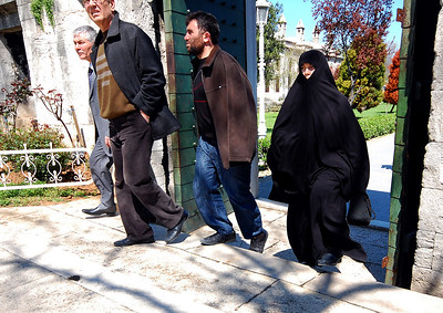 ISTANBUL - In the first afternoon we explored the city, it was not unusual to see residents in modern dress sharing sidewalks with women draped in black chadors.