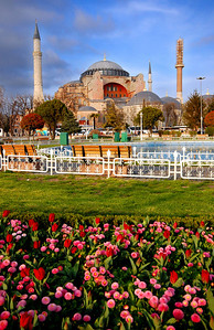 ISTANBUL - Universally acknowledged as one of the great buildings of the world, the Hagia Sophia was one of the finalists for the New Seven Wonders of the World but wasn't selected...