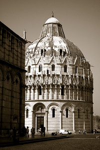 Our next stop was the Baptistery begun in the mid 12th century and  dedicated to St. John the Baptist.   It is the largest baptistery in Italy. Taking into account the statue of St. John the Baptist on top of the dome, it is even a few centimetres higher than the Leaning Tower.