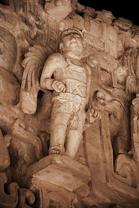Now sheltered beneath a huge palapa roof, the mask is surrounded by sculptures of life-sized winged humans – the only such figures ever found at Maya sites. Strangely reminiscent of Christian angels, they are more likely Mayan warriors or gods.
