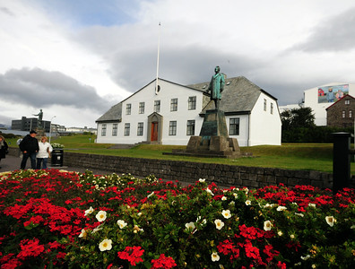 On a grassy bank in the city center stands Stjórnarráðhusið (Government House).  Originally built in the 1760s as a prison, this unassuming whitewashed structure now houses the office of the Prime Minister.