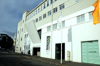 Once a warehouse, this is now the Listasafn Reykjavíkur, the Reykjavík Art Museum, recognizable by its entrance under what looks like a wide gangplank hanging from the wall.