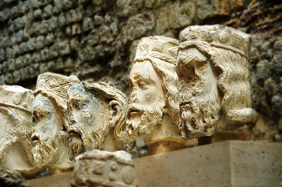 But a local school teacher recovered the decapitated heads and buried them in his backyard.  It wasn't until 1977 that the heads were rediscovered.  Today, a couple of blocks away, in the Musée de Cluny, the original vandalized heads of the kings can be seen.