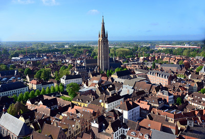 Whatever, this was once one of Europe's great medieval trading centers.  About a thousand years ago, Bruges was the hub of textile trade in northern Europe – and the crossroads of sea trade between the continent's north and south.