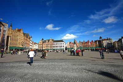We've arrived in Market Square...