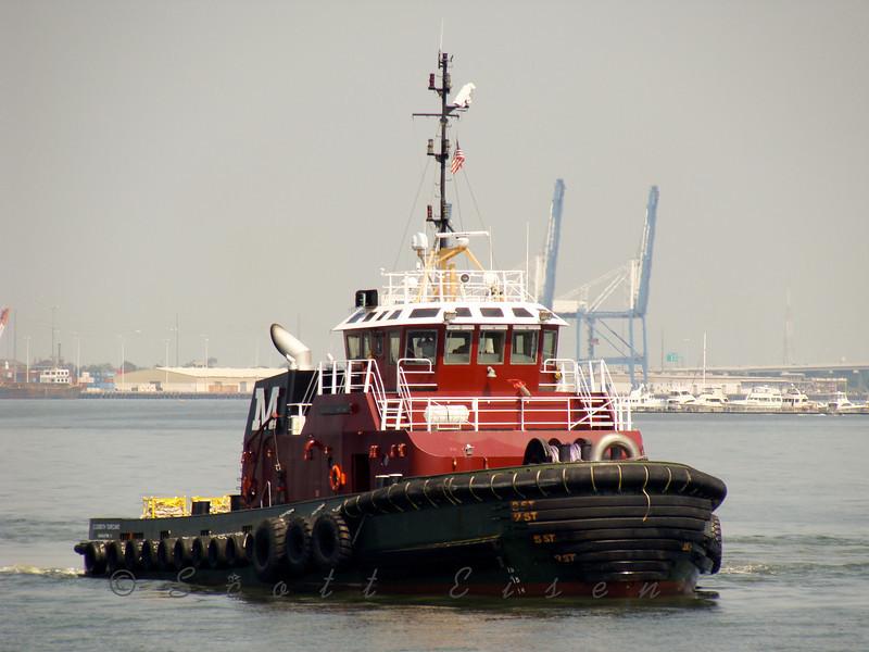 Red tugboat in Charleston Harbor