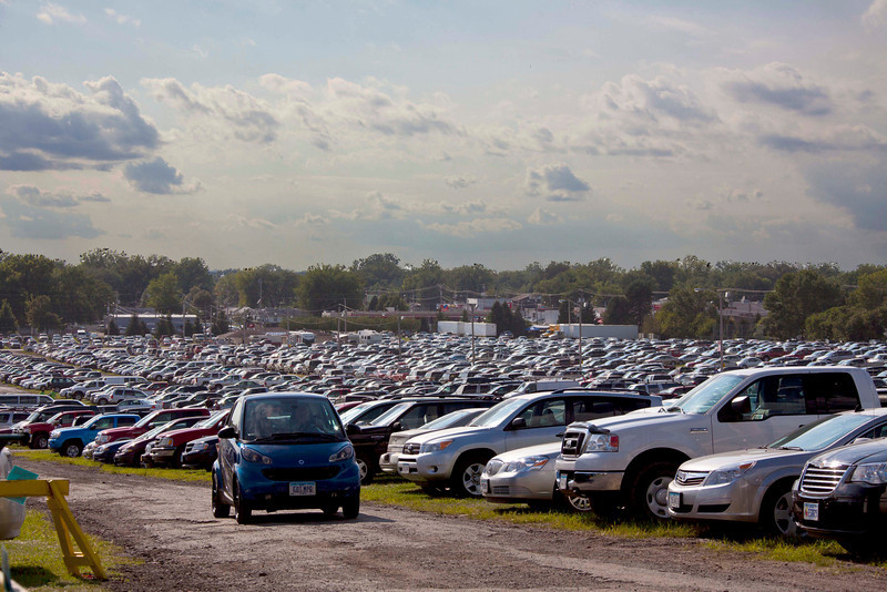 One-quarter of the main parking lot at 5:00 PM