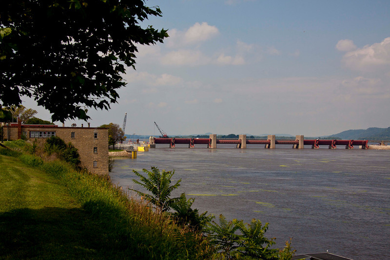 Across the street from the restaurant in Bellevue, Dam #12 and locks (left) on the Mississippi River.