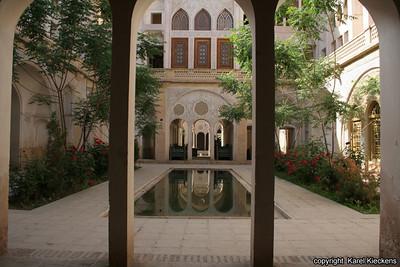 Ir 01_15_Kashan_Khan-e Abbasin