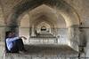 Ir 02_Esfahan_06_Khaju Bridge