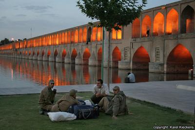 Ir 02_Esfahan_44_Si-o-Seh Bridge