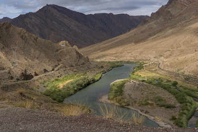 The Aras River separates Iran from Azerbaijan