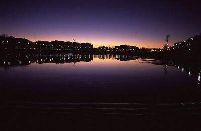 Esfahan-RiverNight