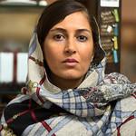 16-11-07_Kvinde_boghandel_Tehran-520