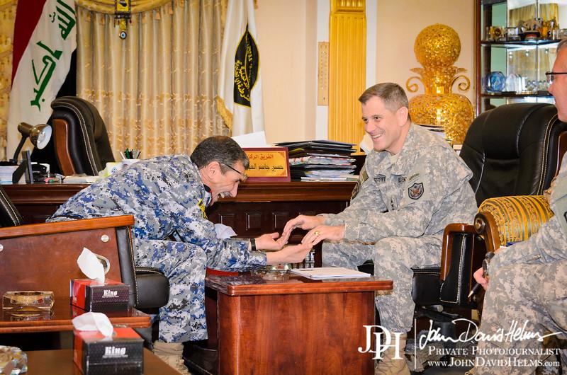 26 AUG 2011 - LTG Ferriter (USF-I DCG A&T) IFTAR / key leader engagement with sLTG Hussein al Awadi.  Baghdad, Iraq. U.S. Army photo by John D. Helms - john.helms@iraq.centcom.mil.