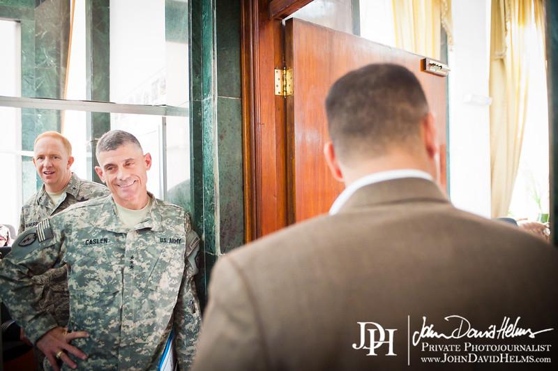 30 NOV 2011 - OSC-I Chief and NTM-I Commander LTG Robert L. Caslen, Jr. and Brig Gen McMurry visit sGEN Mohan in Baghdad, Iraq.  Photo by John D. Helms - john.helms@iraq.centcom.mil.