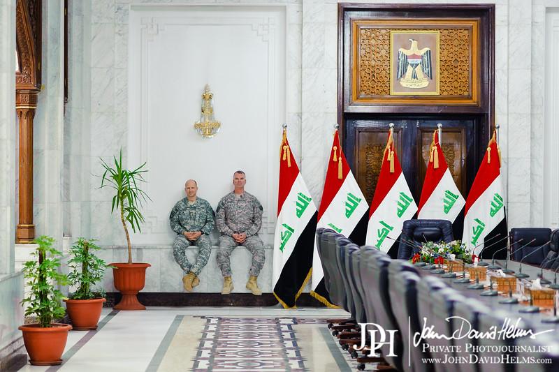 28 NOV 2011 - OSC-I Chief and NTM-I Commander LTG Robert L. Caslen, Jr. meets with GEN Farouq at OCINC, Baghdad, Iraq.  Photo by John D. Helms - john.helms@iraq.centcom.mil.
