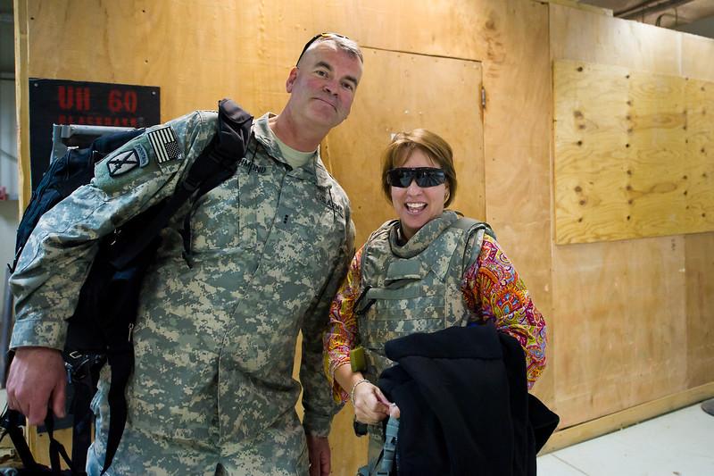 22 DEC 2011 - OSC-I Chief LTG Robert L. Caslen, Jr. greets U.S. Army Chief of Staff GEN Raymond T. Odierno in Baghdad, Iraq.  Photo by John D. Helms - john.helms@iraq.centcom.mil.