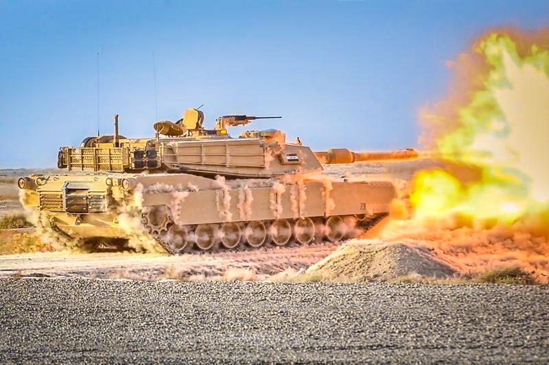 15 JUN 2011 - Live fire demonstration of an M1A1 tank for Iraqi leadership and USF-I DCG (A&T) LTG Ferriter.  Besmaya, Iraq.  Photo by John D. Helms.