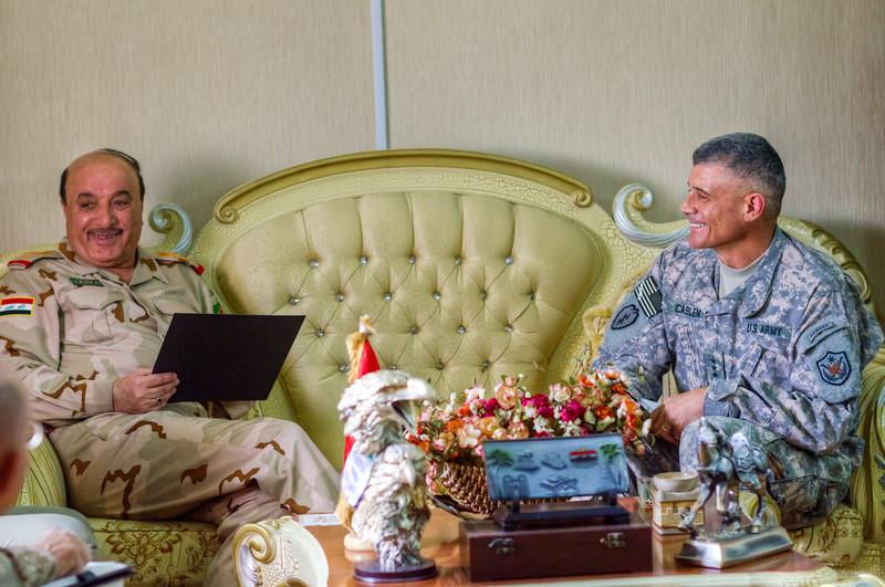 9 OCT 2011 - LTG Caslen KLE with GEN Ali Gheidan, Victory Base Complex, Baghdad, Iraq.  U.S. Army photo by John D. Helms - john.helms@iraq.centcom.mil.