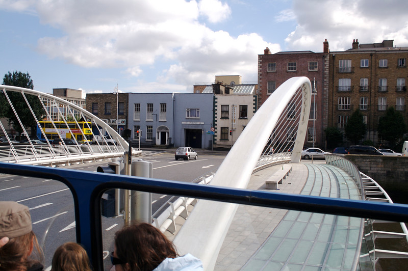 A modern bridge from the hip-on hip-off bus