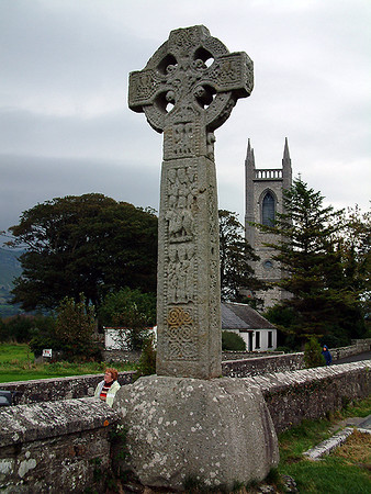Drumcliff - 1000yr-old Celtic Cross at Yeats' cemetary