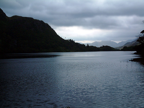 Kylemore Abbey - Surrounding mountains 2