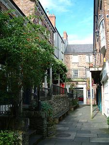 Derry - Alleyway