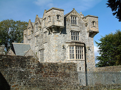Donegal - Castle Donegal