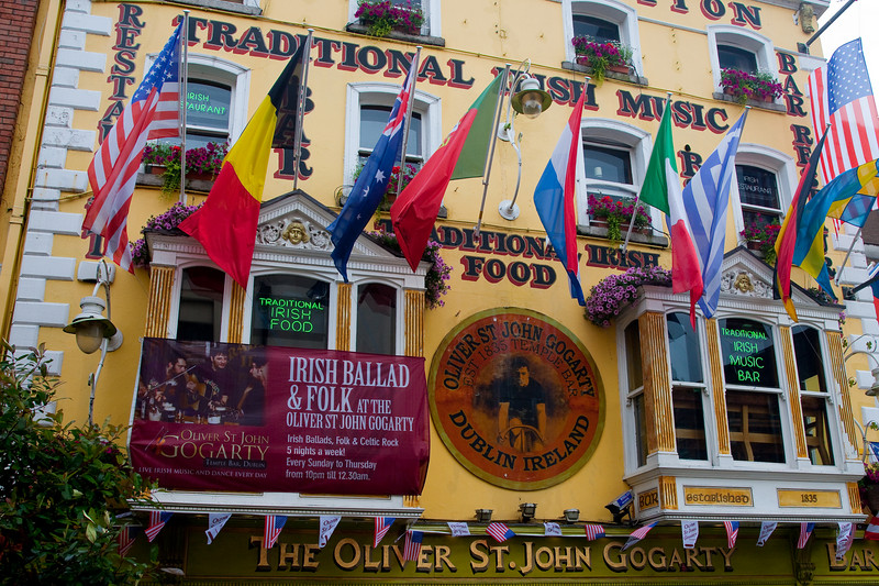 We spent our last two evenings in The Oliver St. John Gogarty pub enjoying a few pints of Guinness and the wonderful live traditional Irish music.