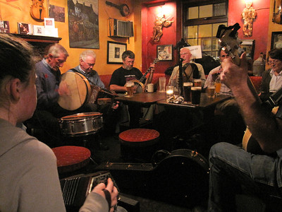 Traditional Irish music at the pub!