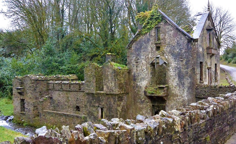 Remains of a gatehouse near Crookstown, County Cork