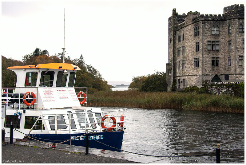 "Cruise boat ""Isle of Inisfree"" beside the castle"