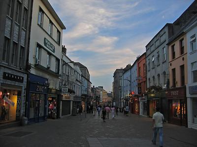 Katunäkymä Galwayssä.  Street view at Galway.