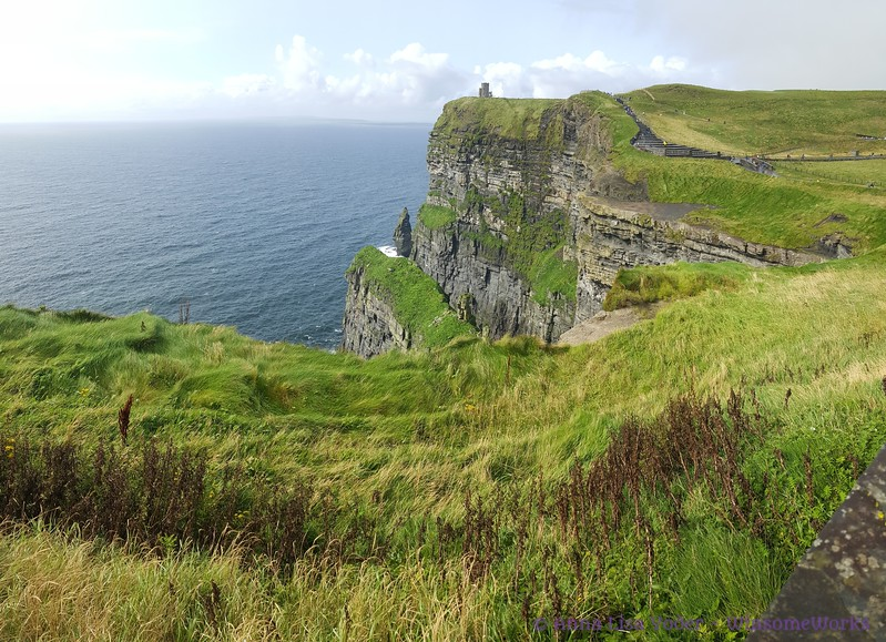 Cliffs of Moher, looking North. Branounmore Sea Stack in middle, O'Brien's Castle on clifftop