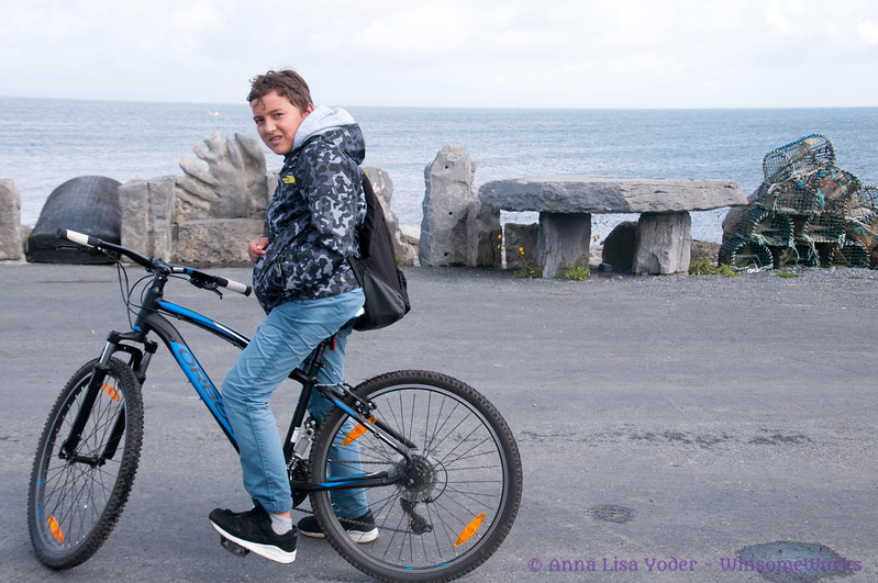 Xavier & bike on Inis Oirr