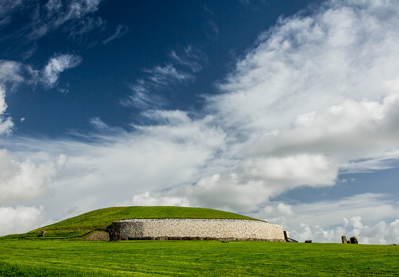 The Newgrange neolithic structure predates the Egyptian pyramids. This passage tomb, built in the 4th millennium BCE, contains an estimated 250,000tons of stone.