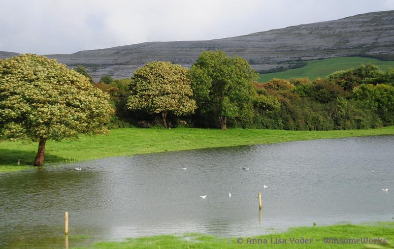 Disappearing lake