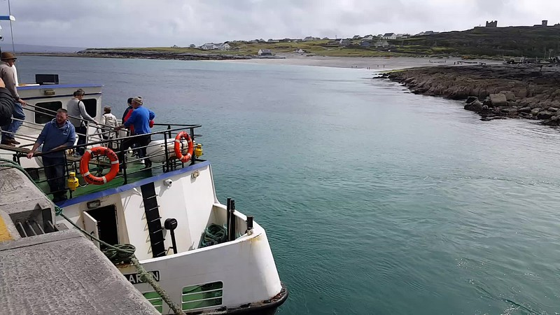 Ferries at the quay, Inis Oirr