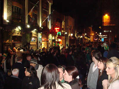 The Temple Bar area the night before St. Patrick's Day