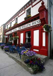 Pub and bed & breakfast, Knight's town, Valencia Island, County Kerry, Ireland.