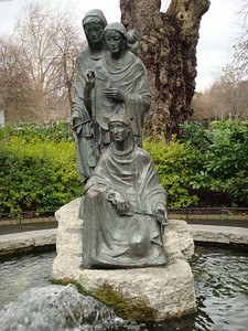 Statue of the Fates in St. Stephen's Green.