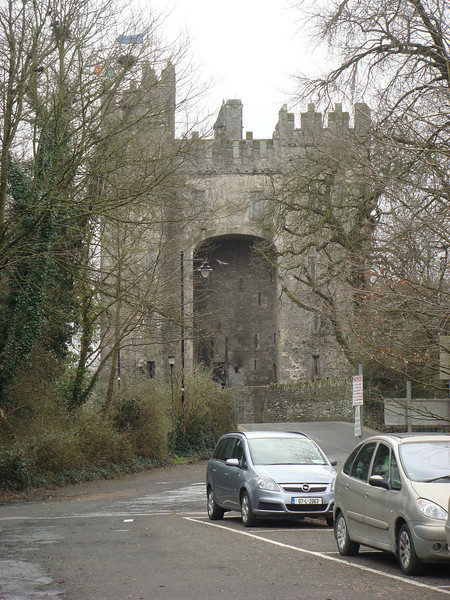 """<a href=""""http://en.wikipedia.org/wiki/Bunratty_Castle"""">Bunratty Castle</a>.  We didn't go in this one, since we had already seen several castles, and admission to this (which included the adjoining folk park, a.k.a. living history museum) was rather expensive."""