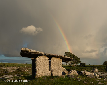 Poulnabrone portal tomb, the Burren, Co. Clare