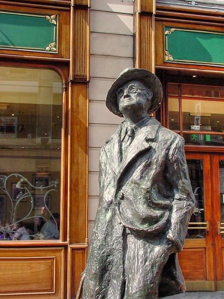 Statue of James Joyce, North Earl Street Dublin